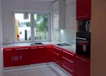 Kuchnia czerwona na wysoki połysk